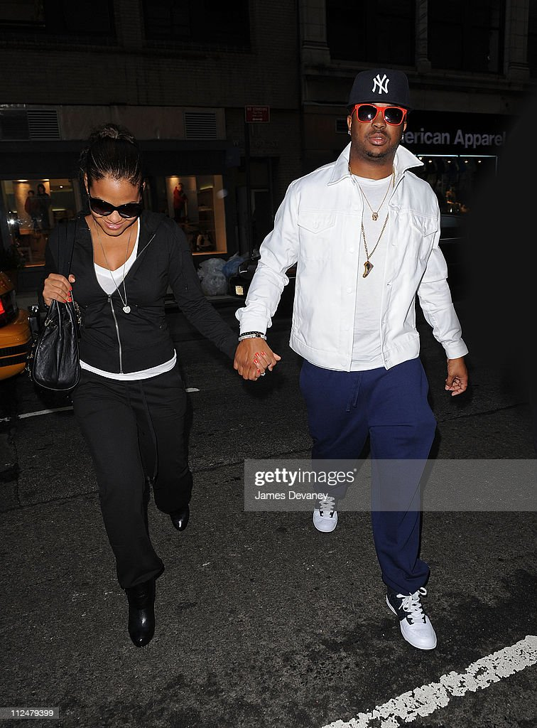 Celebrity Sightings In New York - August 28, 2009