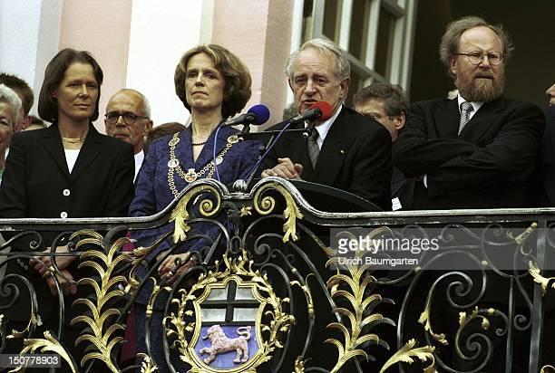 Christina RAU Barbara DIECKMANN Lord Mayor of the city Bonn Johannes RAU President of the Federal Republic of Germany and Wolfgang THIERSE President...