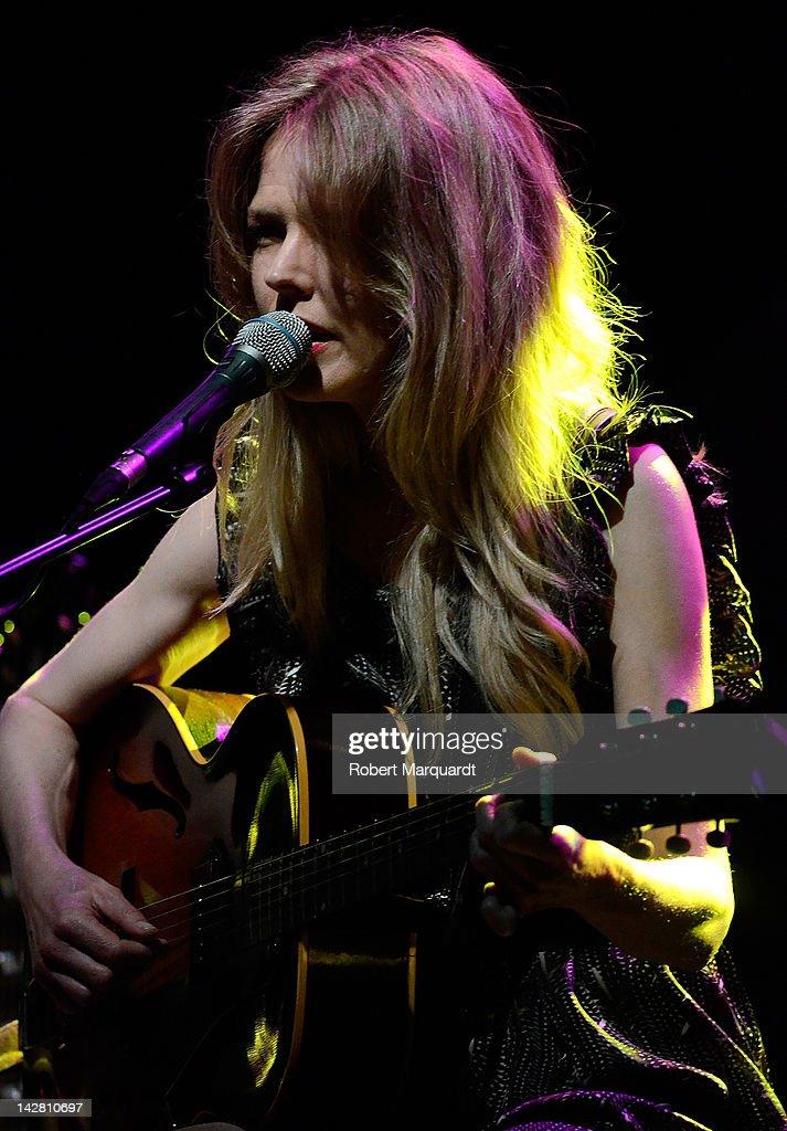Christina Rosenvinge Performs in Concert in Barcelona : News Photo