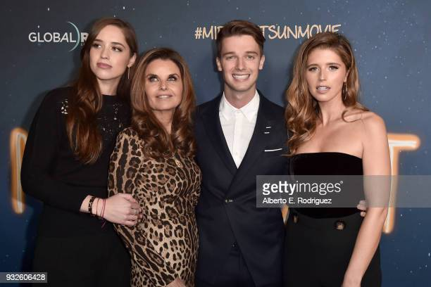 Christina Schwarzenegger Maria Shriver Patrick Schwarzenegger and Katherine Schwarzenegger attend Global Road Entertainment's world premiere of...