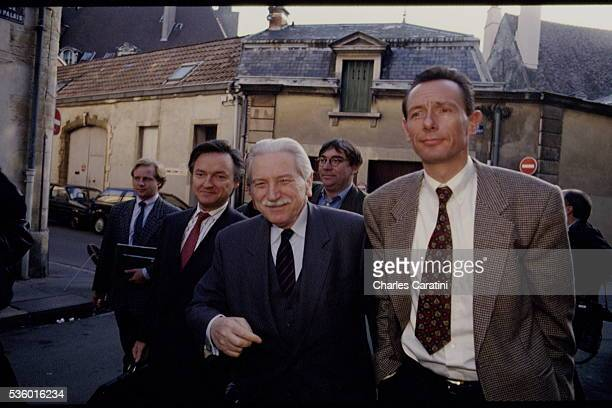 Christine and JeanMarie Villemin and their lawyer HenriRené Garaud during their trial at the Dijon court