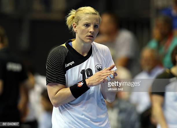 Christine Beier Einzelbild Aktion BR Deutschland DHB Laenderspiel Länderspiel EM Qualifikation Europmeisterschaft Nationalmannschaft Sport Handball...