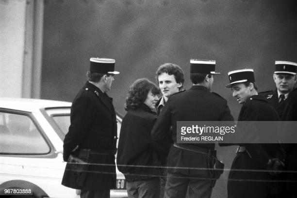 Christine et JeanMarie Villemin lors d'une reconstitution de la disparition de leur fils Gregory retrouvé mort noyé le 30 octobre 1985 à...