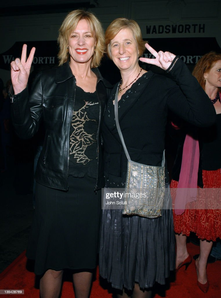 Eve Ensler's 'The Good Body' Opening Night Benefit for V-Day L.A. 2006 - Red Carpet : News Photo