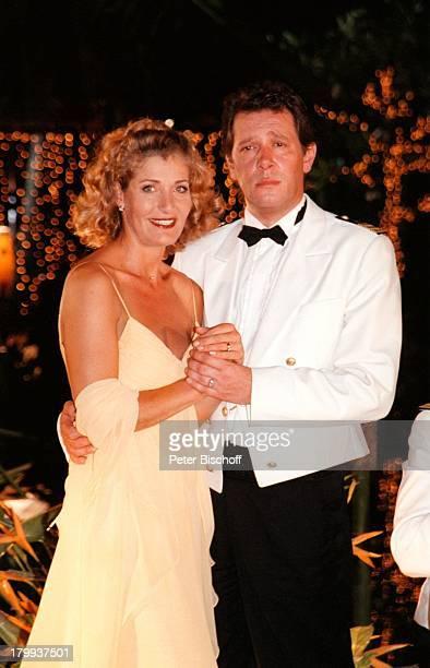 """Christine Mayn, Jan Fedder,;""""Traumschiff-Bali 2000"""", Folge 35, ZDF, Dreh;Bali/Indonesien, Hotel """"Nusa Dua Beach"""","""