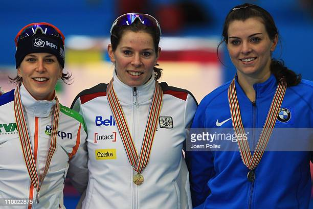 Christine Nesbitt of Canada for first place Ireen Wuest of Netherland for second place and Heather Richardson of Germany for third place take place...