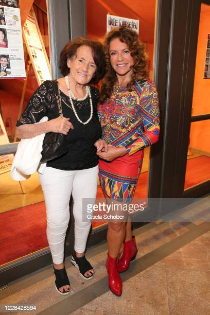 "Christine Neubauer and her mother Lydia Neubauer during the premiere for the theatre play ""Halbe Wahrheiten"" at Komoedie im Bayerischen Hof on..."