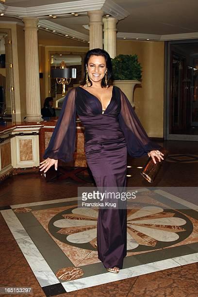 Christine Neubauer Bei Der Diva Verleihung Im Hotel Bayerischer Hof In München