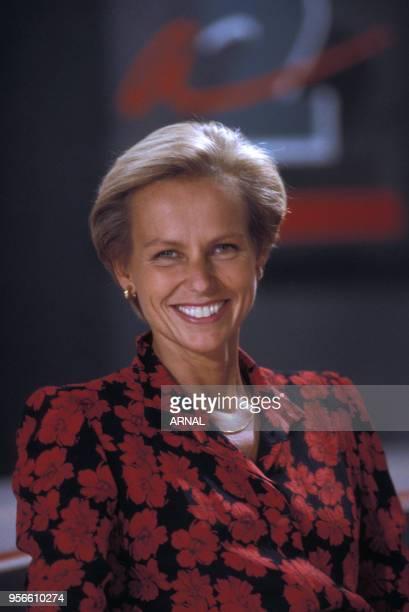 Christine Ockrent sur le plateau du journal d'Antenne 2 en septembre 1988 Paris France
