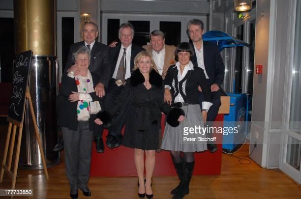 Christine Schild Ehemann Jürgen Wölffer Ingeborg Wölffer mit Ehemann Leon Spierer Christian Wölffer mit Ehefrau Sabine Martin Wölffer Feier zum 60...