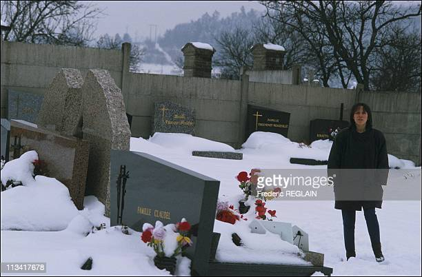 Christine Villemin On Gregory'S Grave On February 20th 1986 In France