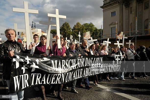 Christliche Abtreibungsgegner demonstrieren unter dem Motto Marsch für das Leben in Berlin