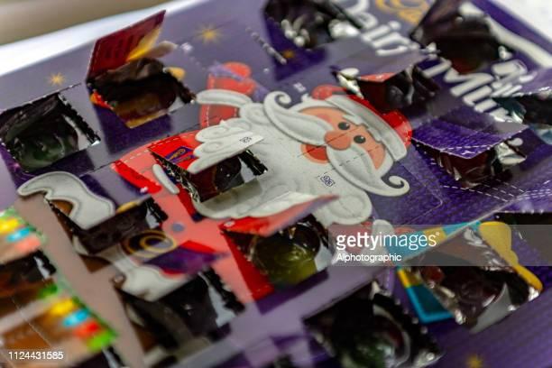 calendario de adviento de navidad - advent calendar fotografías e imágenes de stock