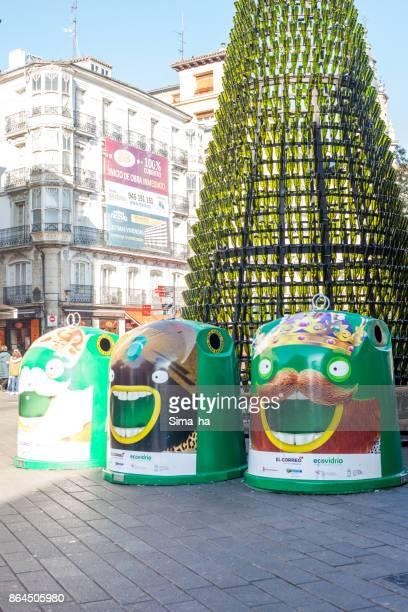 navidad y año nuevo en vitoria-gasteiz, españa - reyes magos regalos fotografías e imágenes de stock