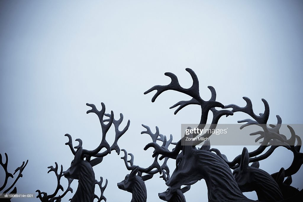 Christmas antlers made from paper for Carnaval parade : Foto stock