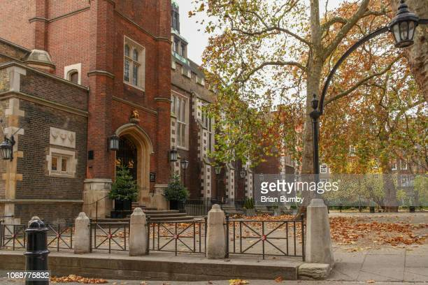 christmas at the inns of court - inn stock pictures, royalty-free photos & images