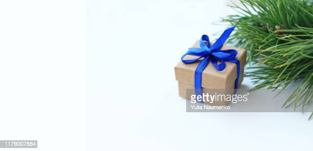 christmas background, banner. christmas gift box, for tree branches, on white background. - country christmas stock pictures, royalty-free photos & images
