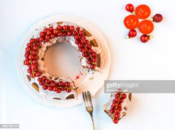 christmas cake - hello december stock pictures, royalty-free photos & images