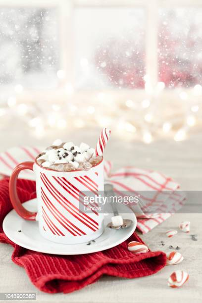 christmas candy cane peppermint hot chocolate - mug stock pictures, royalty-free photos & images