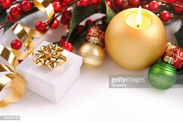 Carte de Noël en rouge, vert et or
