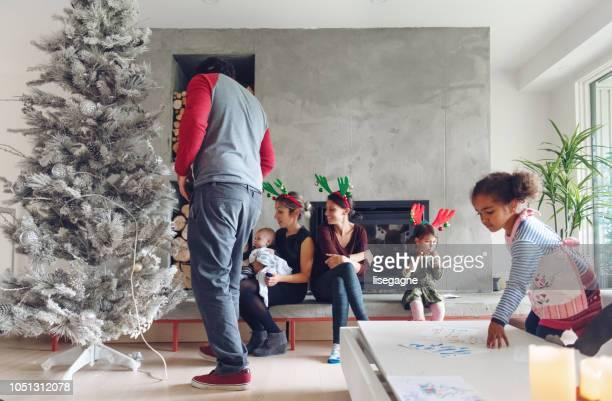 Fête de Noël avec la famille et les amis