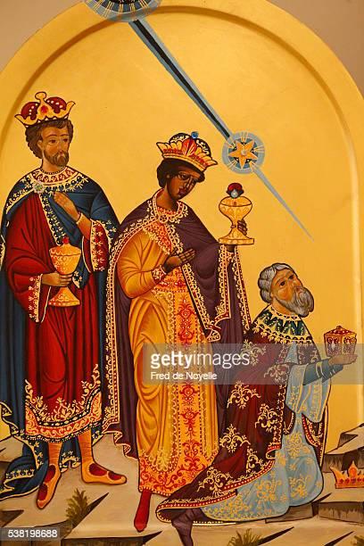 christmas crib. adoration of the magi. - los tres reyes magos fotos fotografías e imágenes de stock