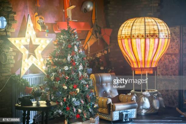 Weihnachtsdekoration auf Retro und Luftfahrt-Stil