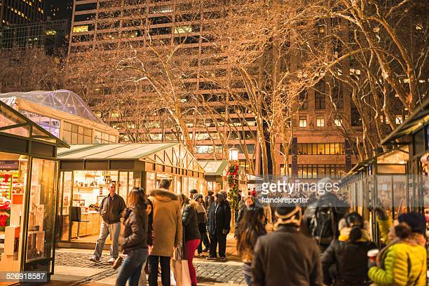 christmas decoration in bryant park - bryant park stock pictures, royalty-free photos & images