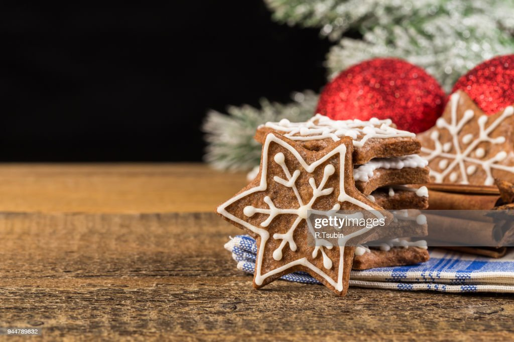 Christmas decoration with gingerbread cookies : Stock Photo