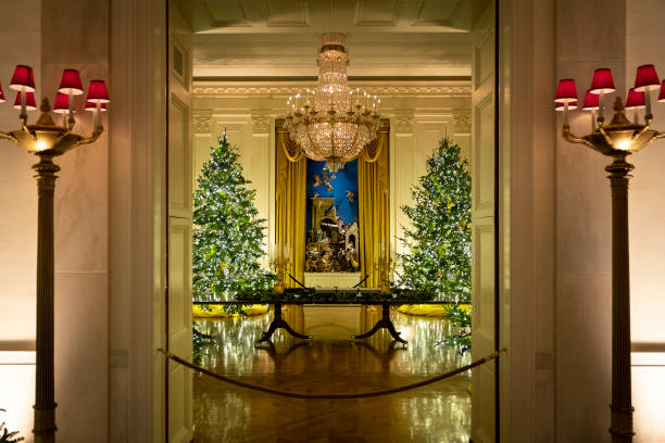 DC: White House Holds Press Preview For Its Christmas Décor