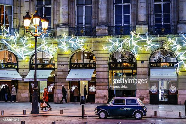 クリスマスのデコレーションには、ヴァンドーム広場、パリ - ヴァンドーム広場 ストックフォトと画像