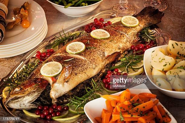 jantar de natal - peixe - fotografias e filmes do acervo