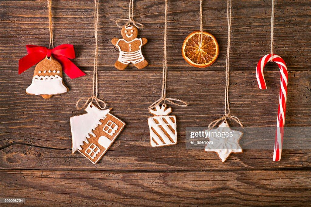 Weihnachten Lebkuchen cookies auf Holz Hintergrund : Stock-Foto