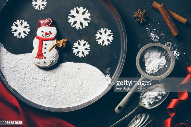 christmas gingerbread snowman - utensil stock pictures, royalty-free photos & images