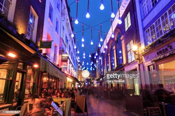 christmas in london - ロンドン ソーホー ストックフォトと画像