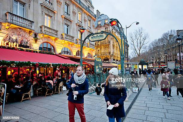 christmas in paris - paris metro sign stock pictures, royalty-free photos & images