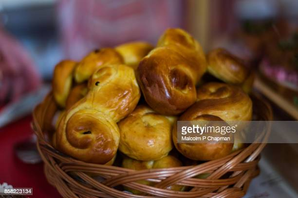 christmas in sweden - lussekatter - sankta lucia 2015 stock photos and pictures