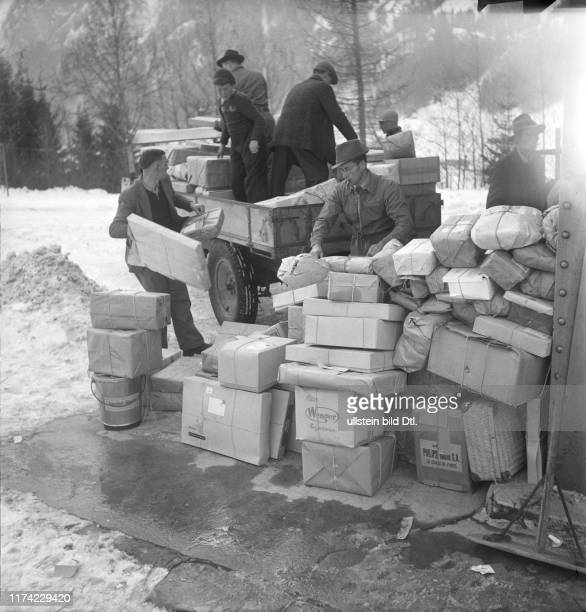 Christmas in the destroyed village BlauseeMitholz 1947 Parcels