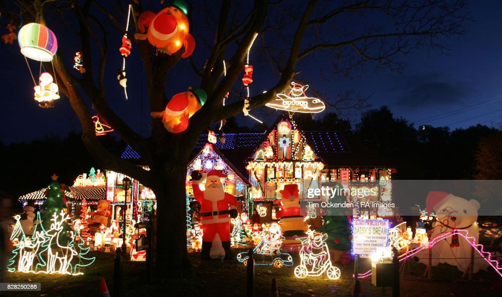 christmas lights displayed monday december 5 2005 on vic moszcyznski home in sonning