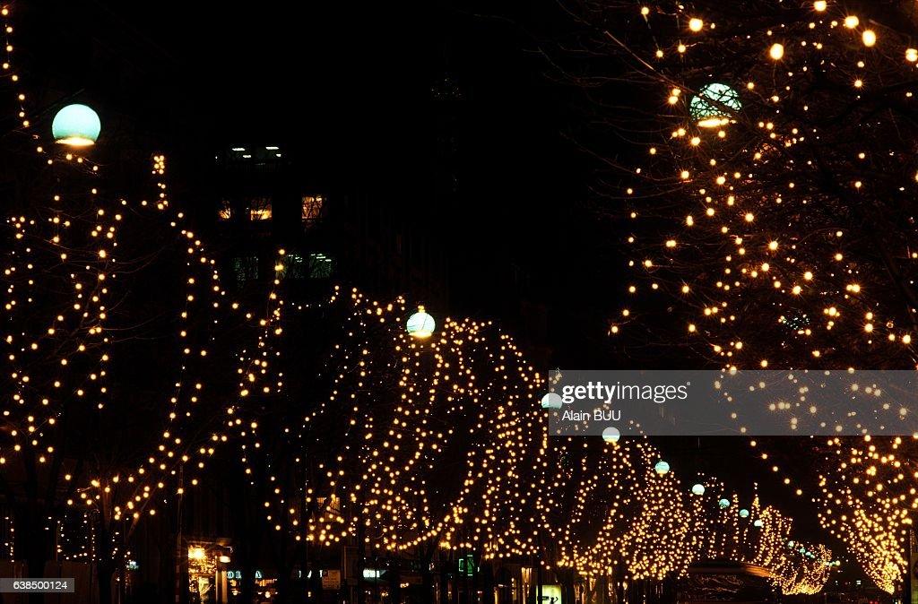 Christmas Lights In Paris.Christmas Lights In Paris France On November 27 190 News
