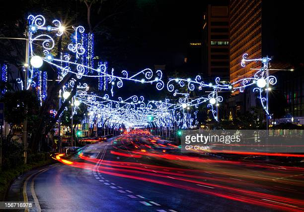 christmas lights - orchard road fotografías e imágenes de stock