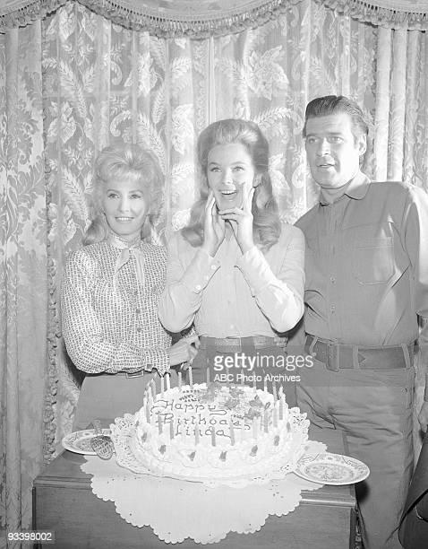 VALLEY Christmas Linda Evans Birthday 19651969 Barbara Stanwyck Linda Evans Peter Breck