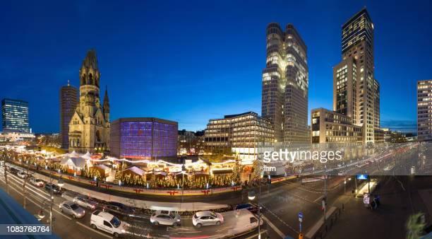 christmas market at brreitscheidplatz - panorama berlin (germany) - kurfürstendamm stock pictures, royalty-free photos & images