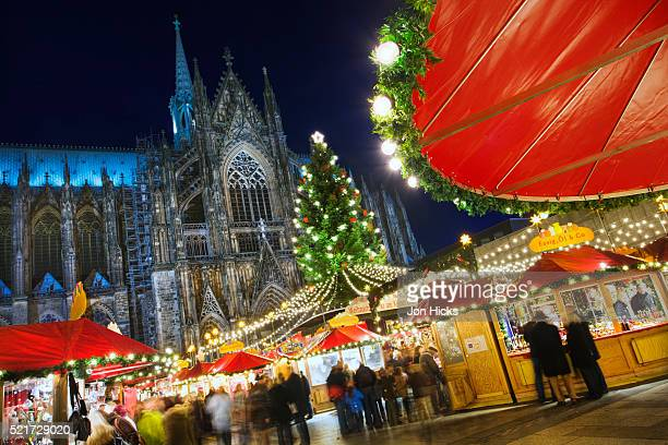 christmas market at cologne cathedral - cologne stock pictures, royalty-free photos & images