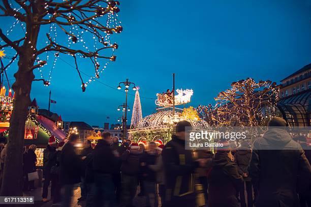 Christmas market at the Hamburg Rathaus Markt