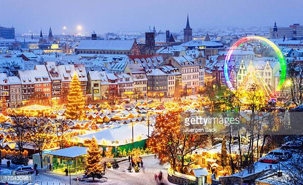 christmas market erfurt - christmas market stock pictures, royalty-free photos & images