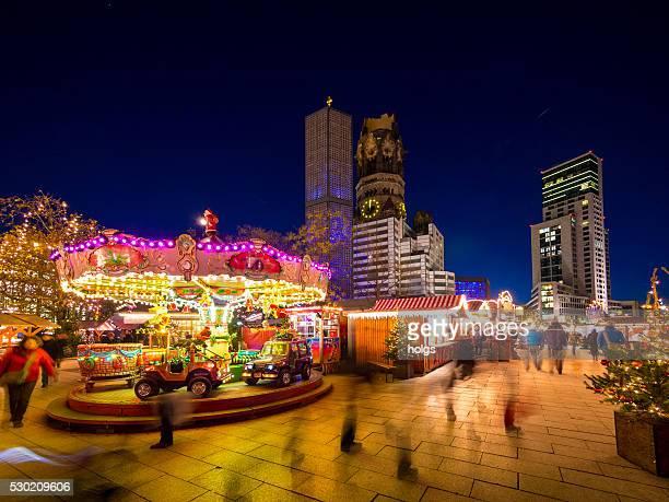 mercado de natal em berlim, alemanha - memorial kaiser wilhelm - fotografias e filmes do acervo