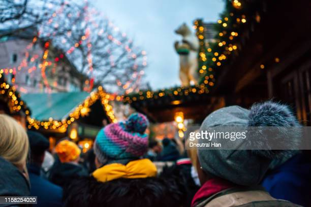 christmas market in cologne - christmas market stock pictures, royalty-free photos & images