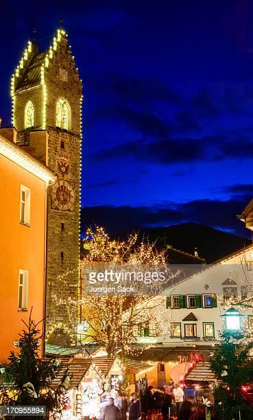 Mercado navideño en South tyrol ´ s Sterzing/Vipiteno