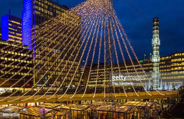christmas market in stockholm sweden - stoccolma foto e immagini stock